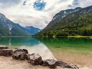 Incredible Slovenia_Alp treasures_Jasna Lake in autumn2